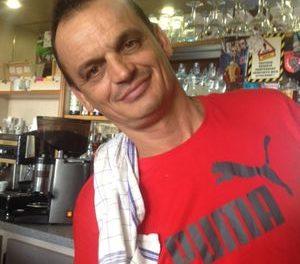 Néné nous offre un café : Reportage au café du centre de Bourdeaux